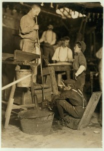 Blower and Mold Boy, Seneca Glass Works, Morgantown, W. Va. Lewis Hine