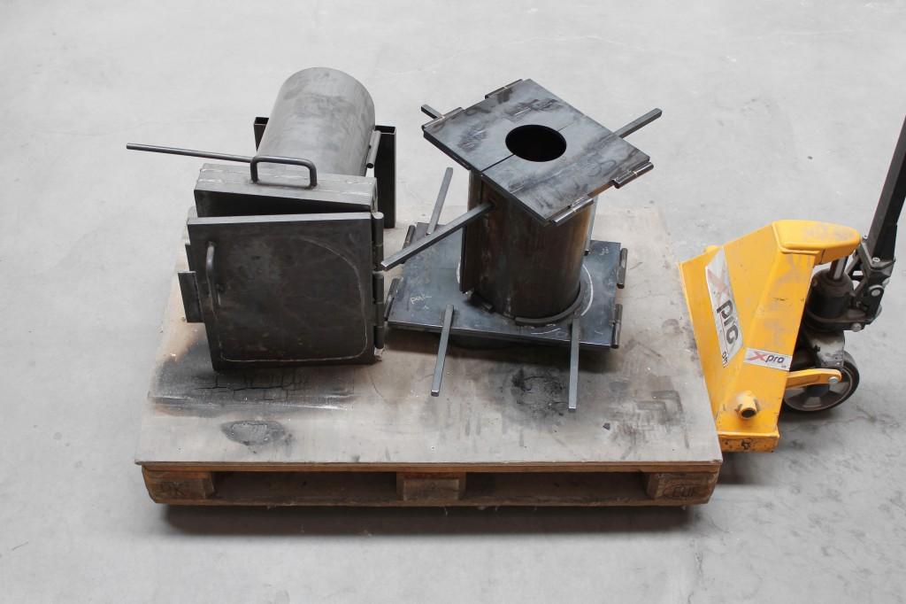 SHIFT side table multi-part steel molds. [Photography credit: Sylvain Willenz / Victor Hunt Designart Dealer]