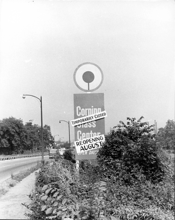 Roadside sign informing tourists of reopening date Courtesy of Corning Incorporated, Archives