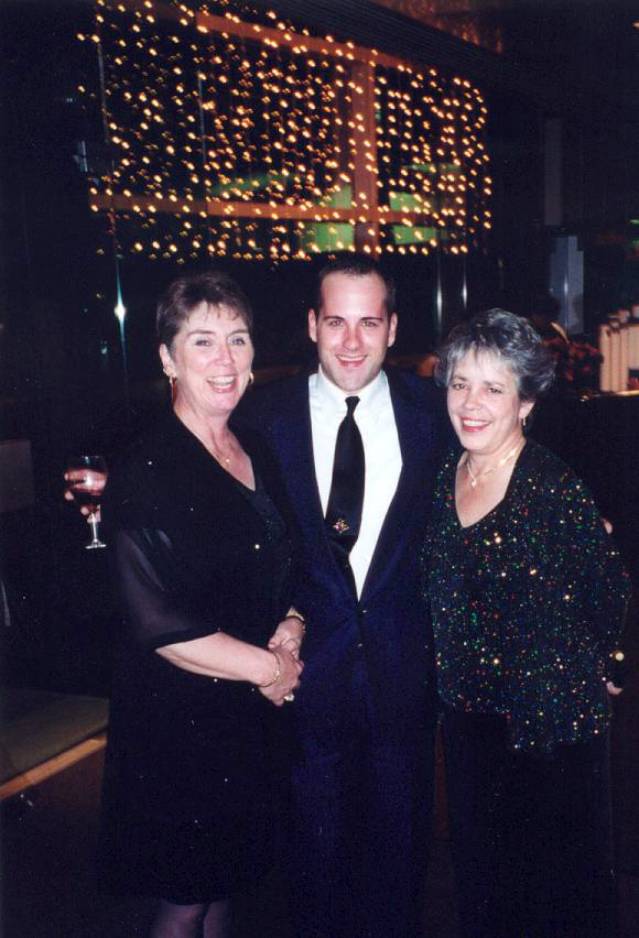 Louise (right) and Tina Snow (left) with Eric Childers at A Many Splendored Evening