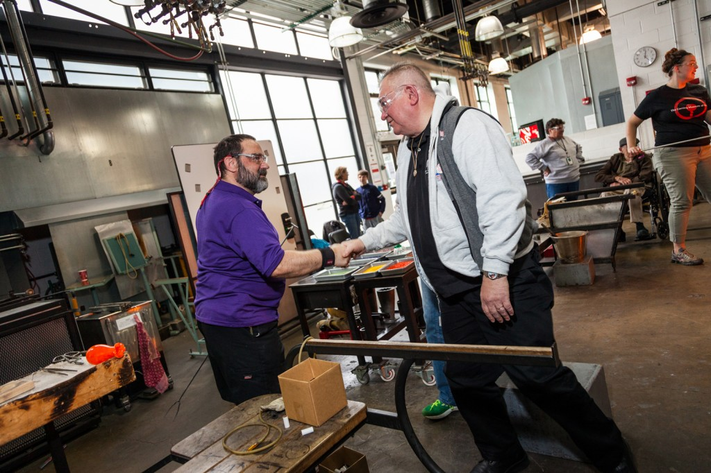 Local Veterans worked with Studio glassmakers in free one-hour lessons this past Saturday.