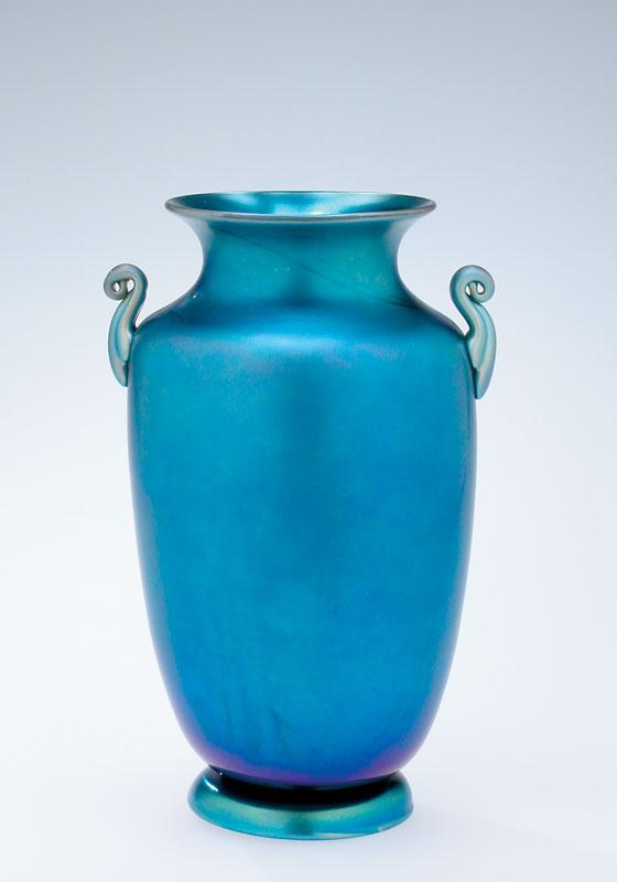 Blue Aurene Vase Steuben Glass Corning Ny Behind The Glass
