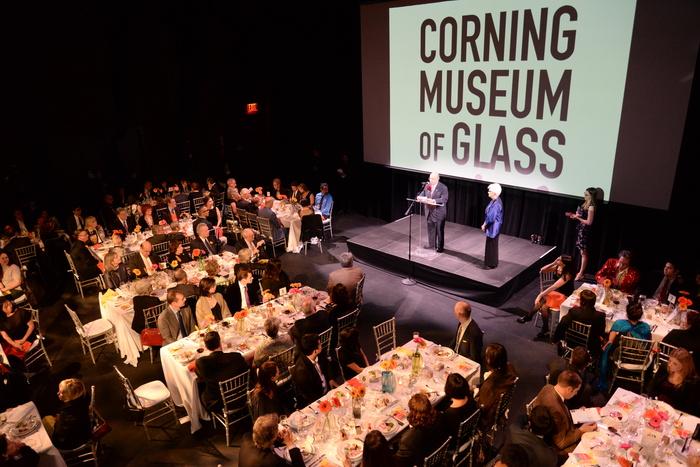Marie McKee accepts award at Urban Glass