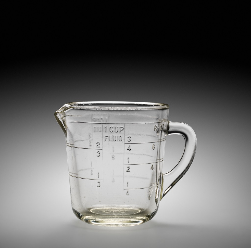 Pyrex Liquid Measuring Cup, Corning Glass Works