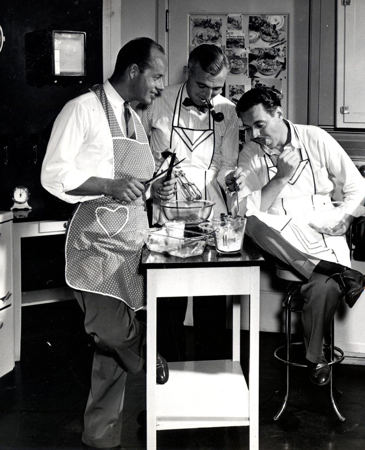R.F. Barlow, G.J. Mackey, and E.E. Shankin training in the Test Kitchen. Photography by Ayres Stevens, 1946. Courtesy of Corning Incorporated, Department of Archives and Record Management