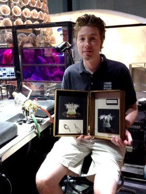 Flameworker Vincent Desparrois with his Ulactis muscosa box.