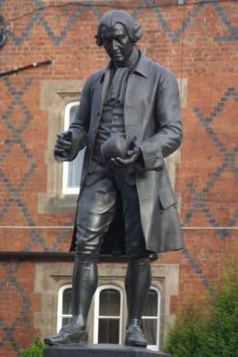 Commemorative statue of Josiah Wedgwoood